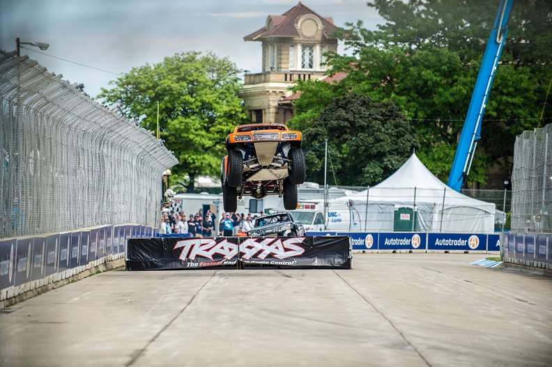 Robby Gordon Wins Round 1 at Belle Isle Detroit Grand Prix